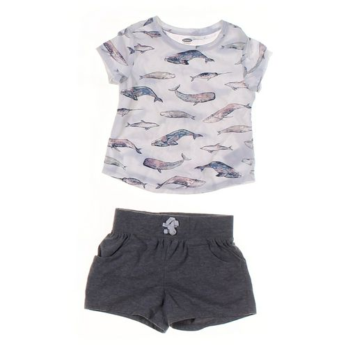 Old Navy Shorts & T-shirt Set in size 2/2T at up to 95% Off - Swap.com