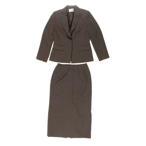 Le Suit Skirt & Blazer Set in size 8 at up to 95% Off - Swap.com