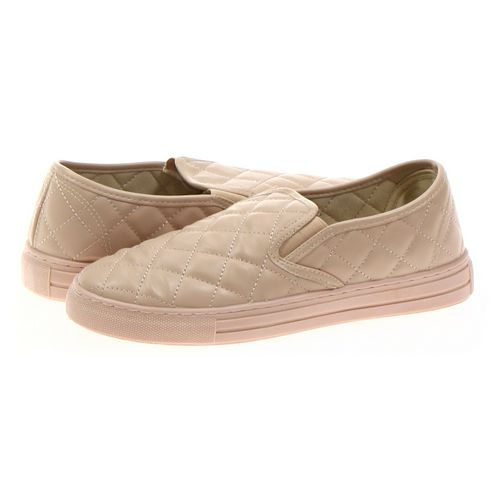 Qupid Slip-ons in size 10 Women's at up to 95% Off - Swap.com