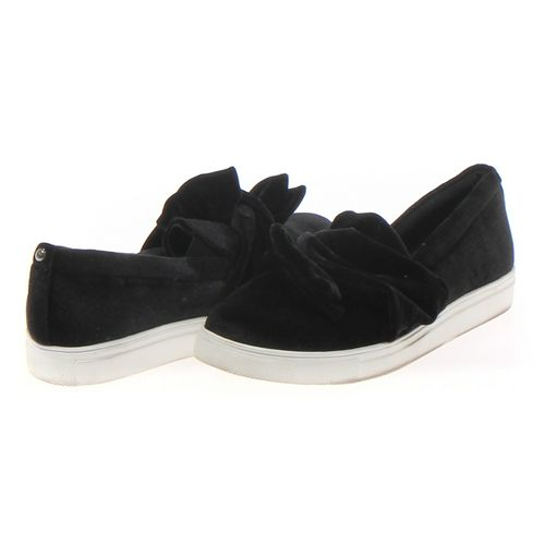 Simply Vera by Vera Wang Slip-ons in size 6 Women's at up to 95% Off - Swap.com