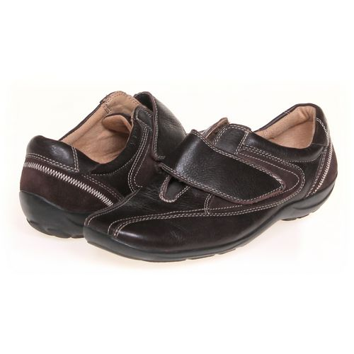 Naturalizer Slip-ons in size 6 Women's at up to 95% Off - Swap.com