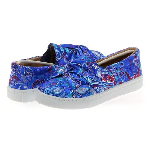 Qupid Slip-ons in size 7 Women's at up to 95% Off - Swap.com