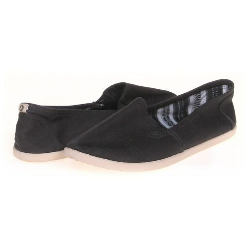 Airwalk Slip-ons in size 7.5 Women's at up to 95% Off - Swap.com