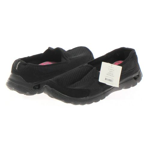 Danskin Now Slip-ons in size 8.5 Women's at up to 95% Off - Swap.com
