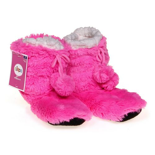 Circo Slippers in size 2 Youth at up to 95% Off - Swap.com