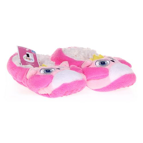 Circo Slippers in size 4 Youth at up to 95% Off - Swap.com