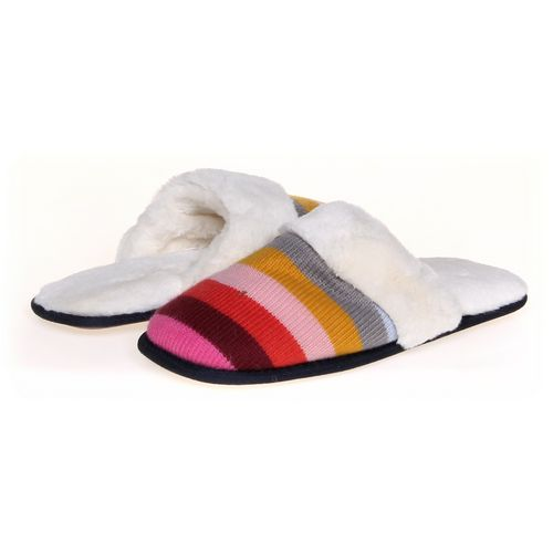 Gap Slippers in size 5 Women's at up to 95% Off - Swap.com