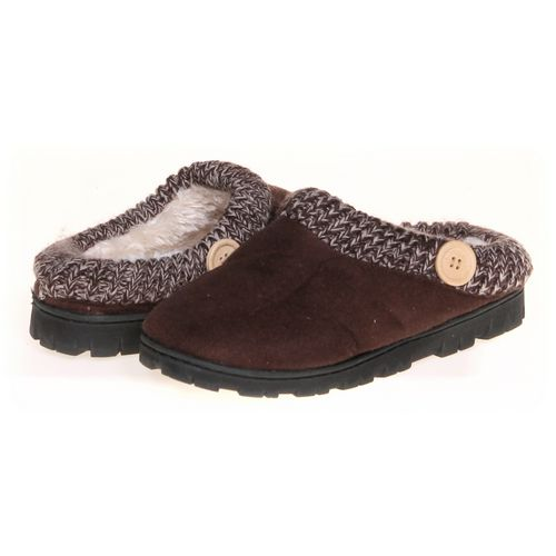 Slippers in size 5 Youth at up to 95% Off - Swap.com