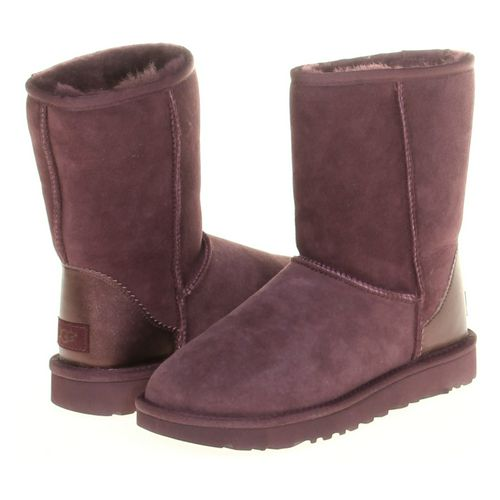 UGG Slippers in size 7 Women's at up to 95% Off - Swap.com