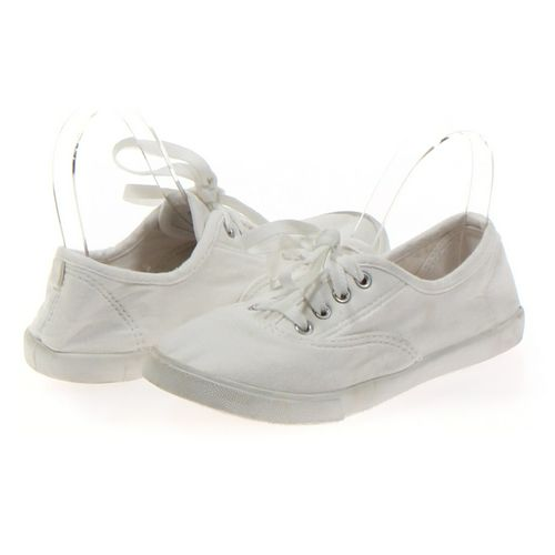 Faded Glory Sneakers in size 4 Women's at up to 95% Off - Swap.com