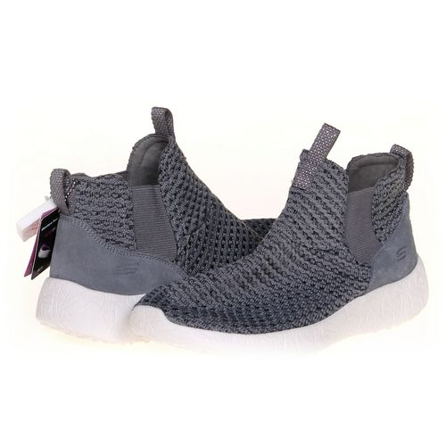 Skechers Sneakers in size 7.5 Women's at up to 95% Off - Swap.com