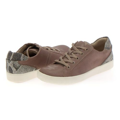 Naturalizer Sneakers in size 8 Women's at up to 95% Off - Swap.com