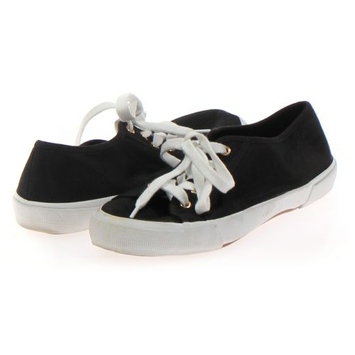 Old Navy Sneakers in size 8 Women's at up to 95% Off - Swap.com