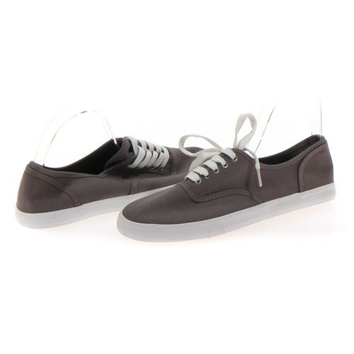 Mossimo Supply Co. Sneakers in size 9 Women's at up to 95% Off - Swap.com