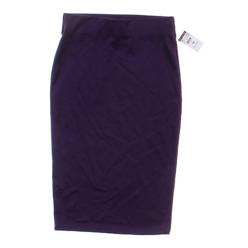 Hot Gal Stylish Stretch Skirt in size JR 7 at up to 95% Off - Swap.com