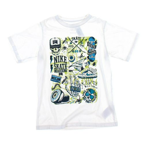 NIKE T-shirt in size 12 at up to 95% Off - Swap.com