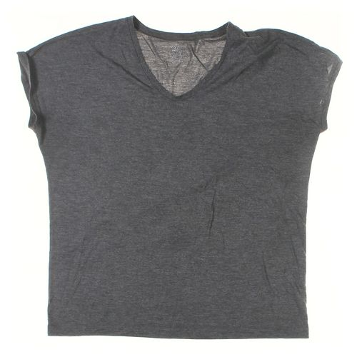 Gap T-shirt in size XL at up to 95% Off - Swap.com