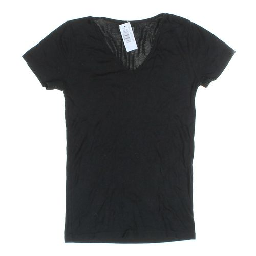 Gap T-shirt in size S at up to 95% Off - Swap.com