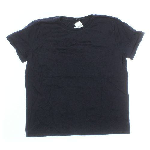 Hanes T-shirt in size M at up to 95% Off - Swap.com