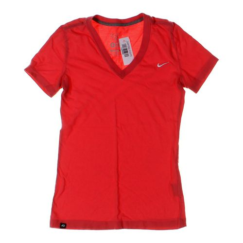 NIKE T-shirt in size S at up to 95% Off - Swap.com