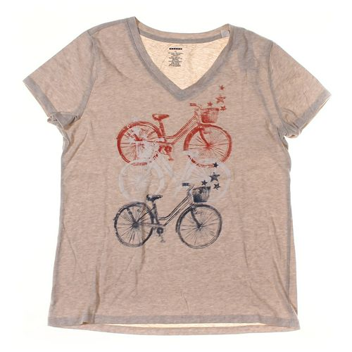 T-shirt in size M at up to 95% Off - Swap.com