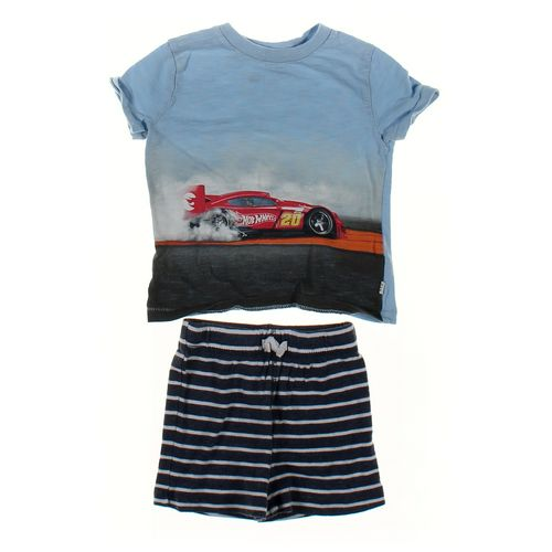 babyGap T-shirt & Shorts Set in size 12 mo at up to 95% Off - Swap.com