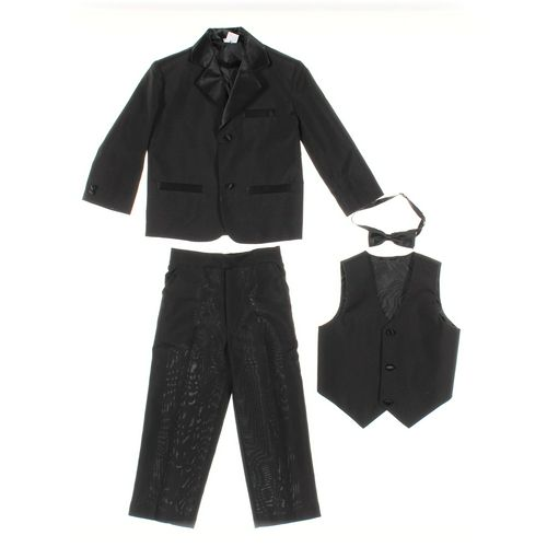 Toddler Clothing Set in size 4/4T at up to 95% Off - Swap.com