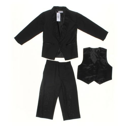TIP TOP KIDS Toddler Clothing Set in size 4/4T at up to 95% Off - Swap.com