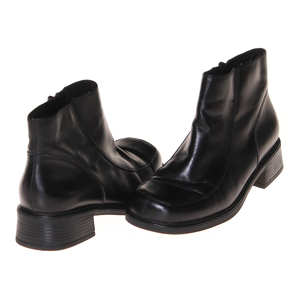earth shoe trendy boots consignment