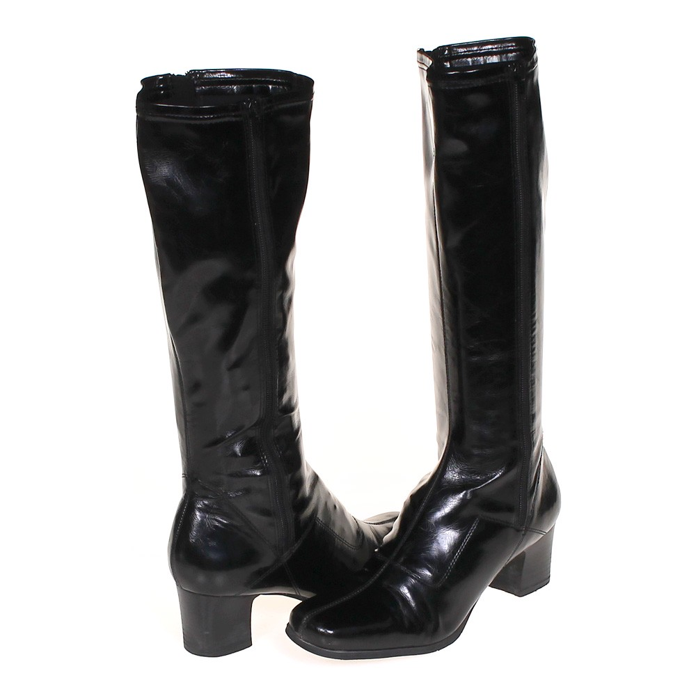 trendy boots in size 9 5 s at up to 95