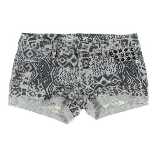 Mossimo Supply Co. Trendy Shorts in size JR 3 at up to 95% Off - Swap.com