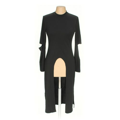 FANCY QUBE Tunic in size M at up to 95% Off - Swap.com