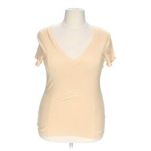 Zenana Outfitters V-neck Shirt in size 2X at up to 95% Off - Swap.com