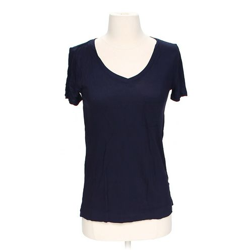 Forever 21 V-neck T-shirt in size S at up to 95% Off - Swap.com